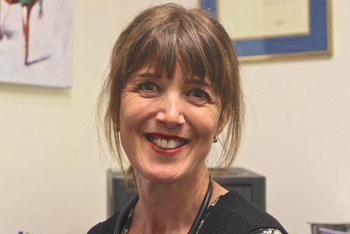 Dr Julie Holden